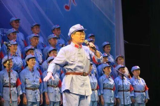放歌好生活 畅想新未来 ——老校友合唱团重装登场、精彩出演