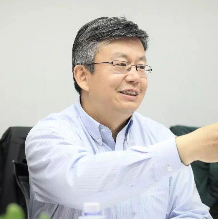 董一鸣(91届校友)